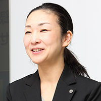 岡川 真紀子